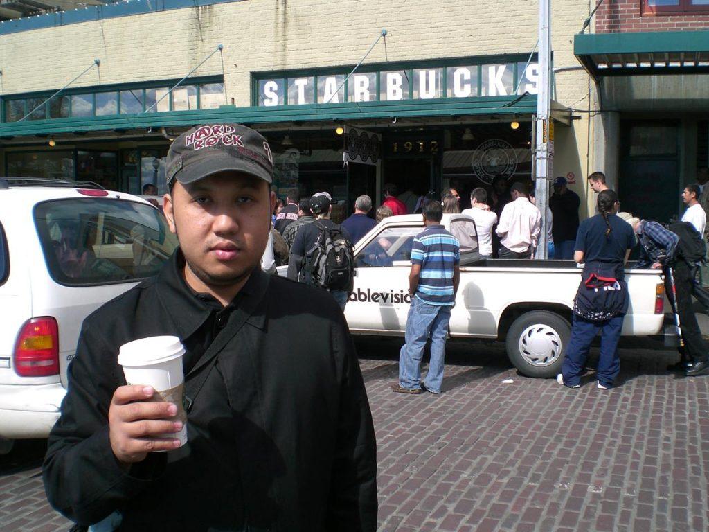 Merek Starbucks